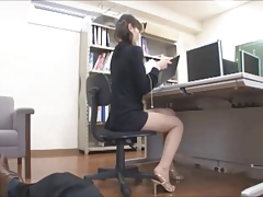 Voyeur Japanese Asian Office Hidden Cam Chick